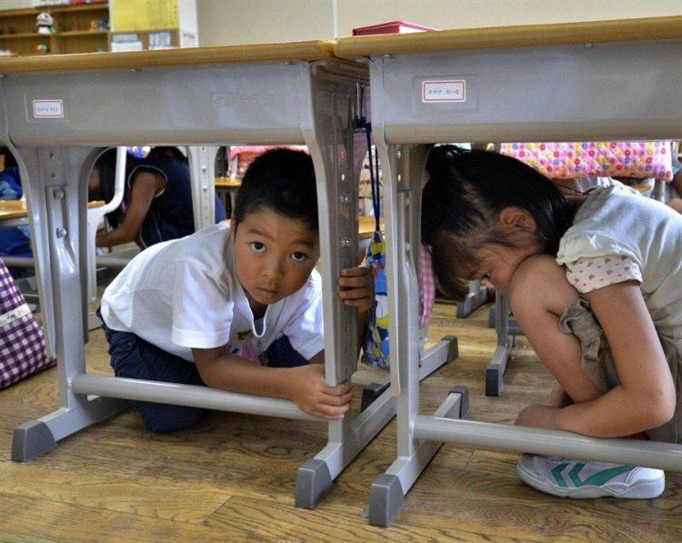дети в японии урок безопасности