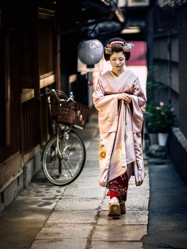 Гейша, город Киото.