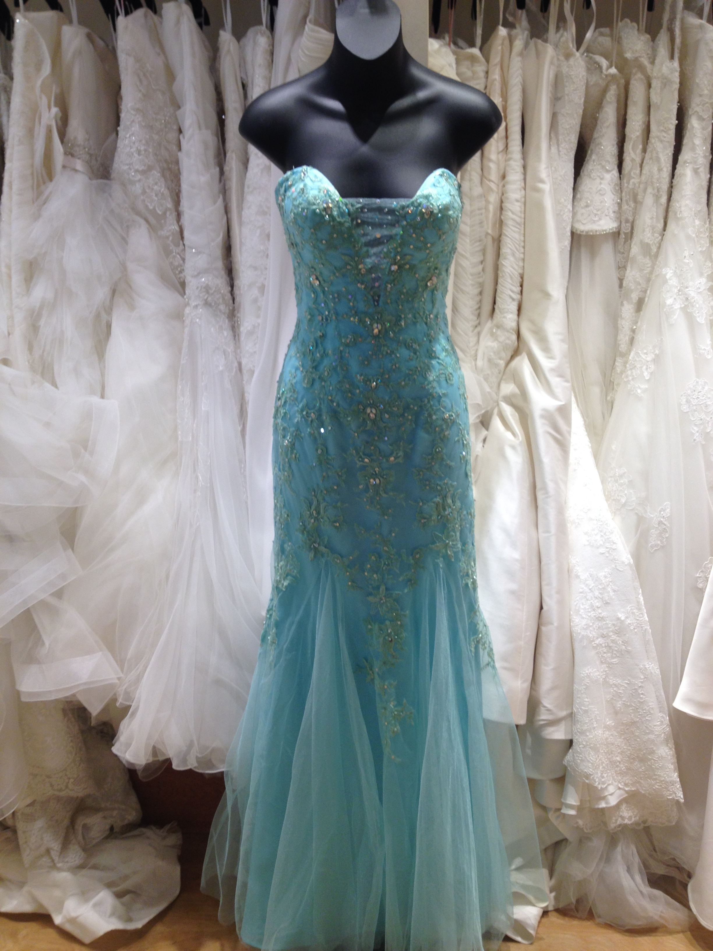 Famous Prom Dresses Honolulu Ornament - All Wedding Dresses ...