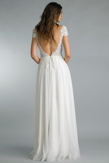 Beach wedding gown with lace and chiffon, front slit