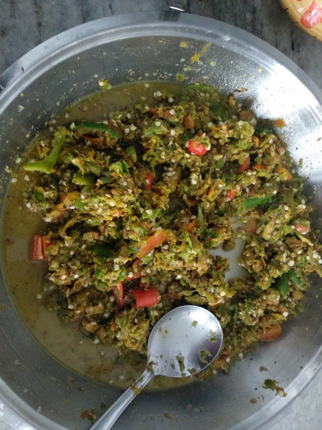 Mirchi-pickle-preps