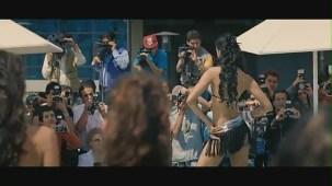 Fashion - Mugdha Godse's Bikini Ramp Walk HD - YouTube(2)[(000673)20-40-44]