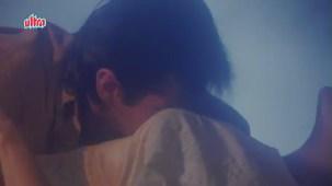 Sanjay Kapoor, Madhuri Dixit - Raja Scene 10_13 - YouTube[(002847)21-00-03]