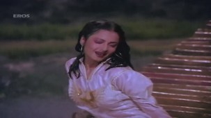 Boonden Nahin Sitare song - Saajan Ki Saheli by majidsamad.mp4 - YouTube[22-30-27]