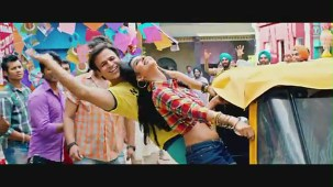 Dhishkiyaon Song _ Kismet Love Paisa Dilli ( KLPD) _ Vivek Oberoi, Mallika Sherawat - YouTube(2)[(002589)20-37-57]