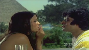 The Great Gambler - Part 5 Of 16 - Amitabh Bachchan - Zeenat Aman - Neetu Singh - Bollywood Movies - YouTube - Mozilla Firefo(10)[(007848)20-40-56]