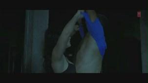 Yeh Jism Hai Toh Kya Song (Film Version) _ Randeep Hooda, Sunny Leone - YouTube[(000535)19-44-21]