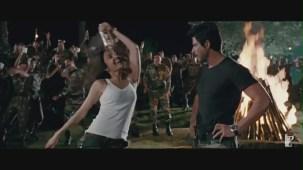 Jiya Re - Song - Jab Tak Hai Jaan - YouTube[(002880)19-48-44]