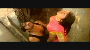 Mellagaa - Trisha Rain Song From Varsham Video Song HQ - YouTube[(004908)19-34-36]