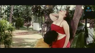 reshma-Back to Back Romantic Video Clip -1 - YouTube[(001781)19-57-37]
