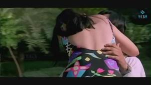 Swapnam-Back To Back Romantic Clip-3 - YouTube[(010811)20-59-12]