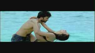 Jagan - Veera Mahaveera song - idlebrain.com - YouTube[(000866)20-17-45]