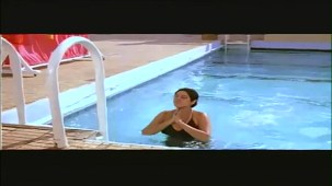 Sridevi In Sexy Bikni From Flim Karma - YouTube(2)[(000069)21-52-13]