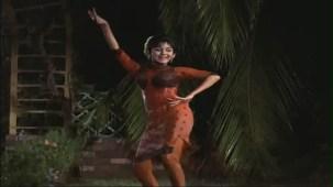 Haay Re Haay - Humjoli - Jeetendra, Leena Chandavarkar - Bollywood Superhit Rain Song - YouTube[(004161)19-56-37]