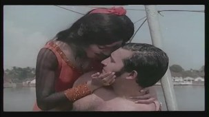 Hai Re Mohe Lage Sardi - Memsaab - Vinod Khanna, Bindu - Bollywood Sensuous Song[(001181)20-29-45]