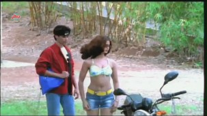 Hot Pillion Rider - Chalak - Scene 2 - YouTube[(000612)20-44-55]