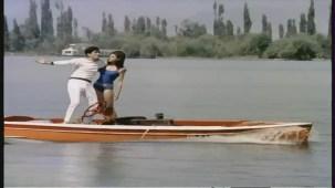 Mere Bechain Dil Ko Chain - Hindi Romantic Song - Aamne Saamne - YouTube(3)[(006350)21-34-43]