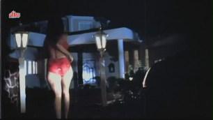 Vikrant Mahajan, Divya Diwedi - Chalak Hot Kissing Scene 1_9 - YouTube[(003618)20-18-27]