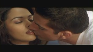 Mallika Sherawat Kissing Scene - Kis Kis Ki Kismat - Sleeping Kiss - YouTube(2)[(000341)20-30-17]