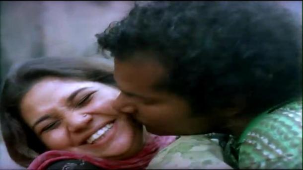 Bariwali - Chiranjeet, Kiron Kher, Rupa Ganguly - Bengali Drama Movie - YouTube(14)[(000537)13-51-51]