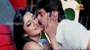 Chattam Movie Songs - Dhimtanakka - Jagapathi Babu, Hot n Sexy Vimala Raman's Item Song[19-44-37]