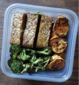 vegetarian-meal-plan-sweet-spicy-tempeh-broccoli-sweet-potatoes