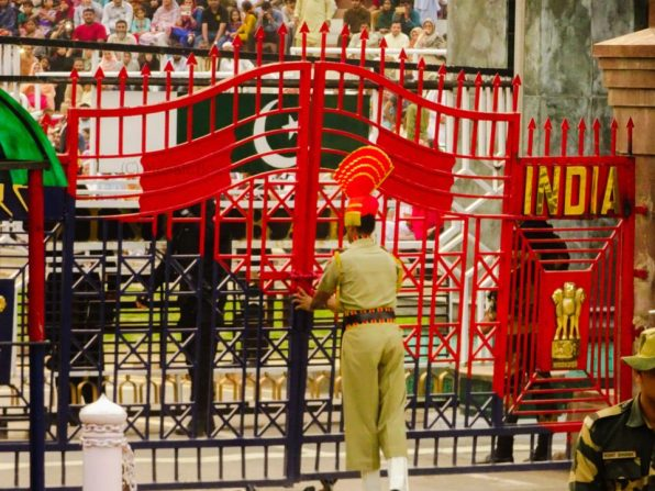 gate closed wagah border