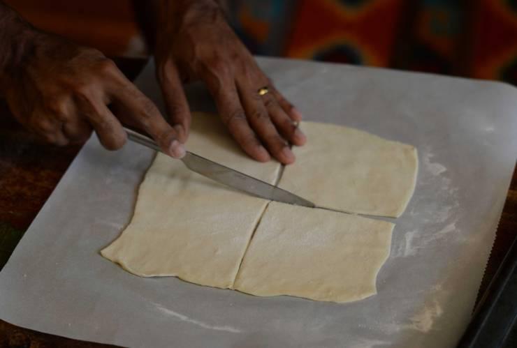 indian-vegetable-puffs-dough-technique-2