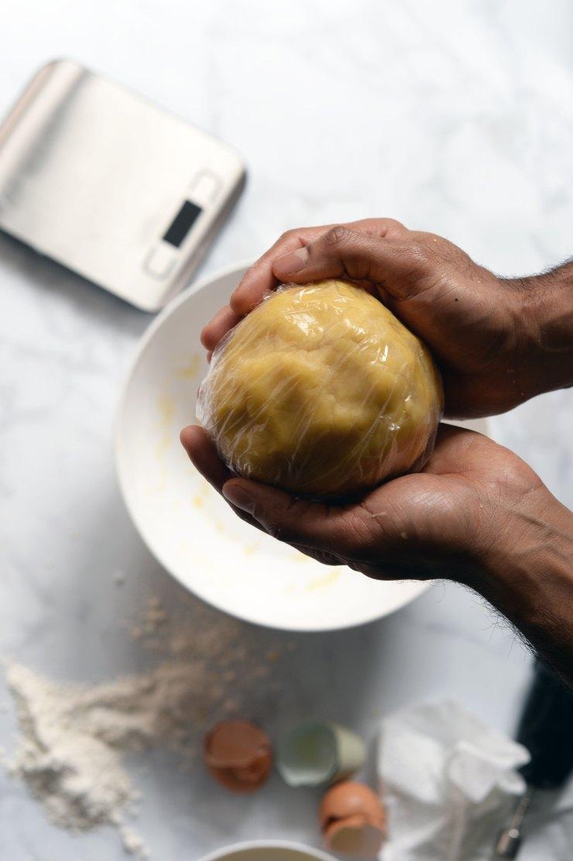 dough-for-egg-custard-pies-home-made