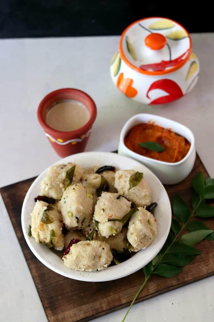 Brown Rice Pidi Kozhukattai / Arisi Kozhukattai