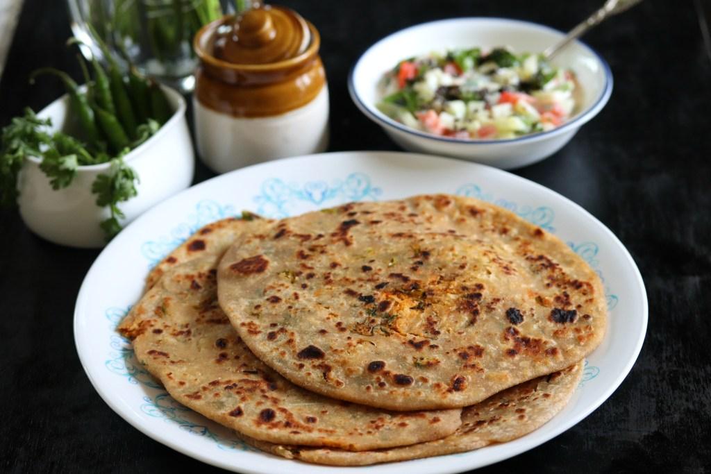 Mooli Ka paratha - Whole wheat paratha with spicy radish filling
