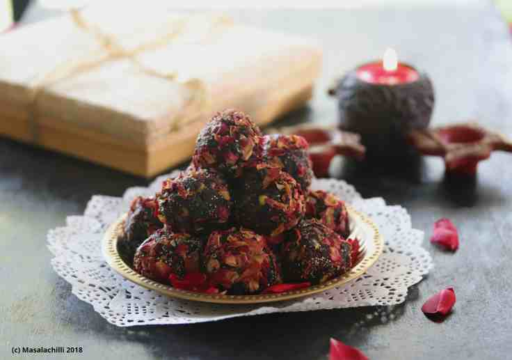 Sugar Free Dates Rose and Pista Ladoos
