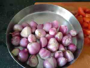 Pearl Onions, Chinna Vengayam or Madras onions