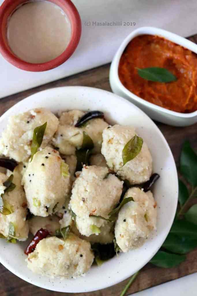 Pidi Kozhukattai with Tomato Chutney