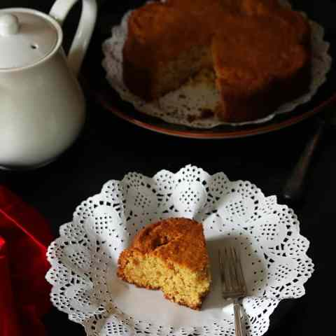 Hot to Make Eggless Coconut Cake