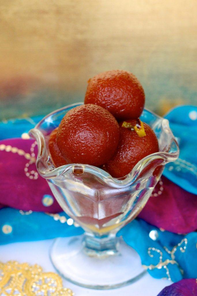 gulab jamun trifle