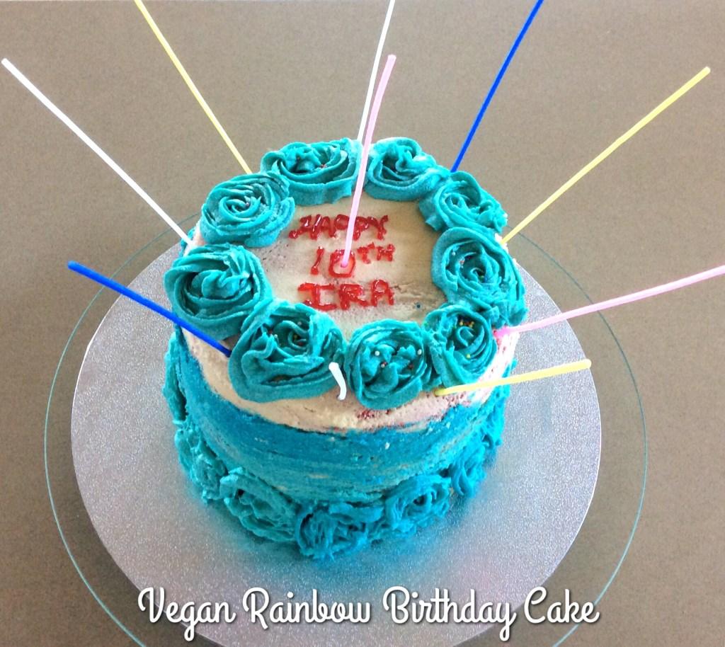 Vegan Cake with Sugarfree Icing