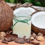 ココナッツオイルは有害なのか?成分の危険性を確かめてみた!