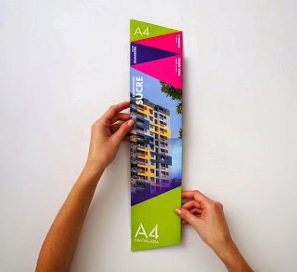 Contoh desain brosur desain kreatif - Real Estate Company 2
