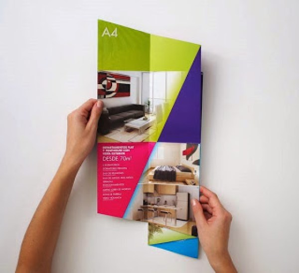 Contoh desain brosur desain kreatif - Real Estate Company 6