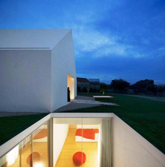 Tips Merenovasi Rumah Menjadi Type Minimalis - Beautiful-minimalist-retreat-in-portugal-house-in-leiria