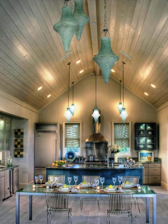 Menentukan Warna Cat Dapur Rumah - CI-St-Charles-Cabinetry_blue-taupe-kitchen-vault-ceilings