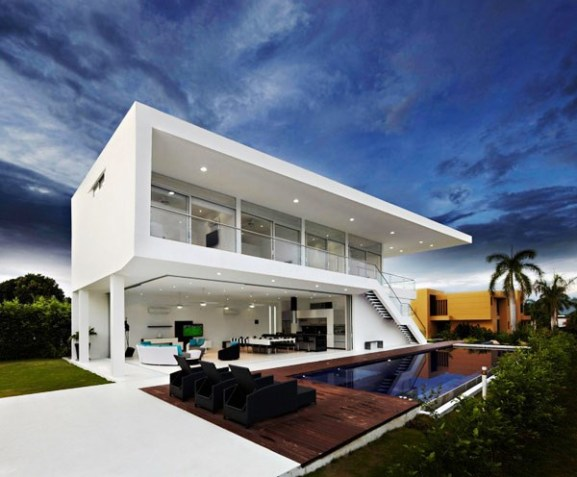 Tips Merenovasi Rumah Menjadi Type Minimalis - Residence-in-colombia-displaying-a-minimalist-design-approach-gm1-house
