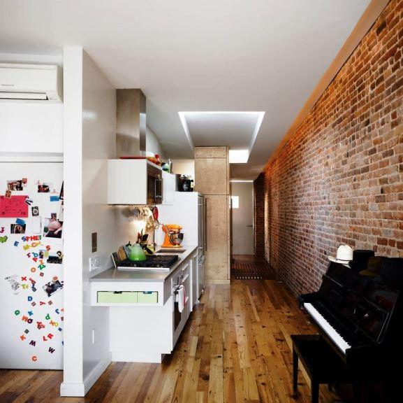 Desain Interior Terbaik Untuk Rumah Sempit - Scott Oliver and Margarita McGrath Narrow Modern House