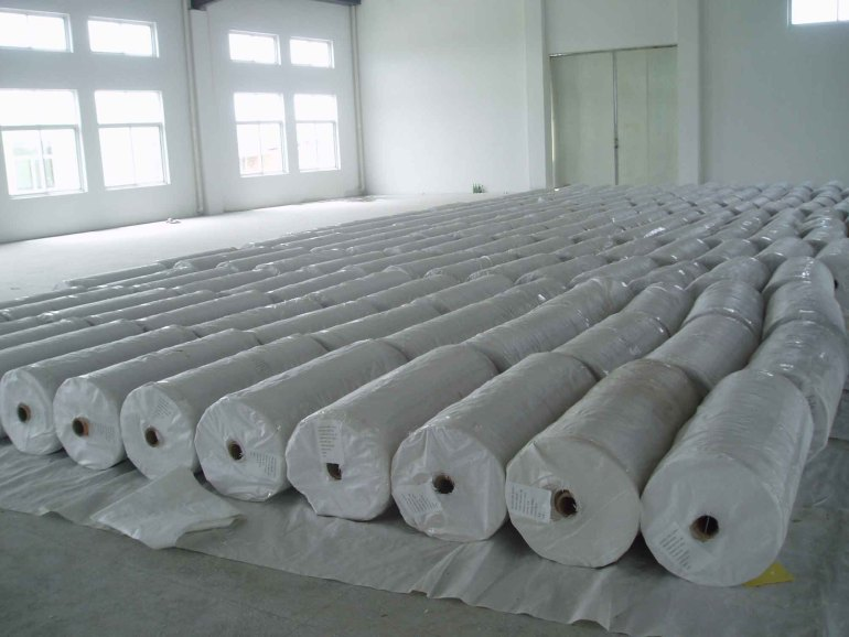 Bahan Pembuatan Batik jenis kain Mori (Cambrics)