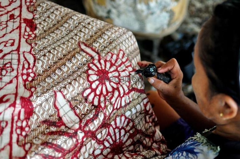 Cara Membuat Motif Batik: Langkah Kelima Membuat Batik Sederhana