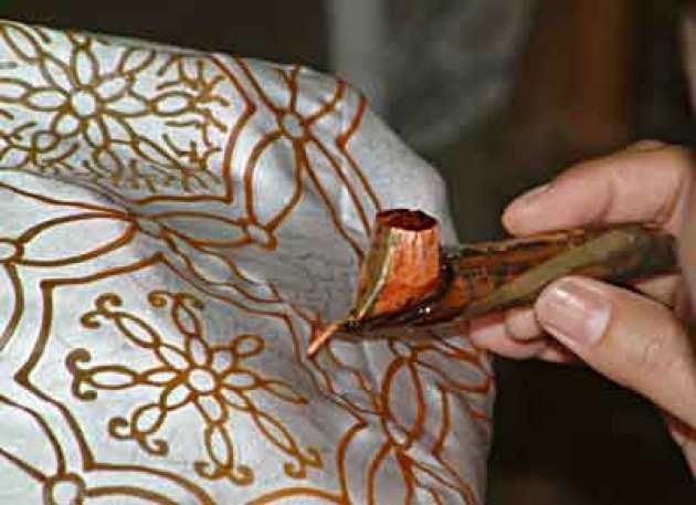 Cara Membuat Motif Batik: Langkah Kedua Membuat Batik