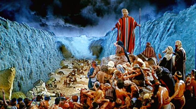 Kisah Tongkat Nabi Musa Membelah Laut Merah: Nabi Musa Membelah Laut Merah