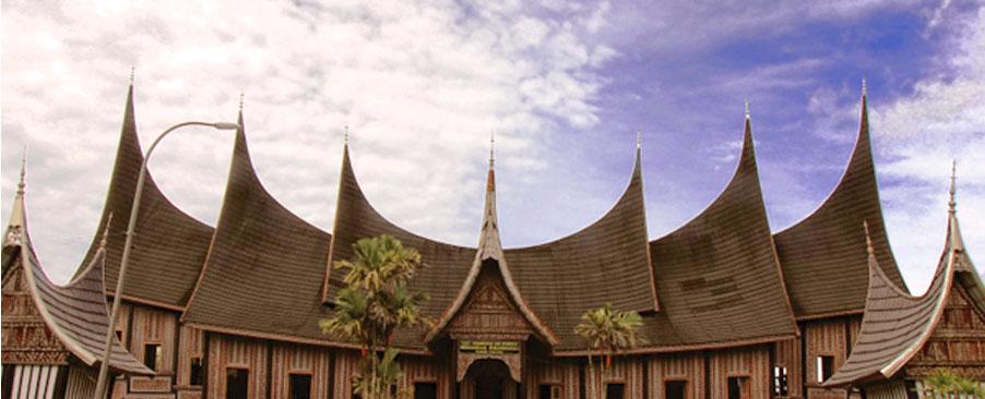 simbol-atap-rumah-adat-minangkabau-bagonjong