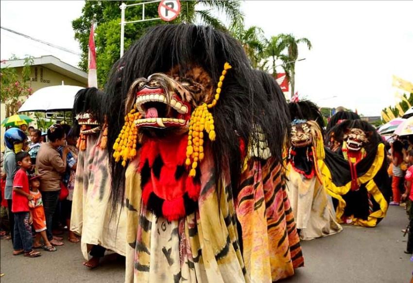 Festival Seni Barongan Blora Jawa Tengah